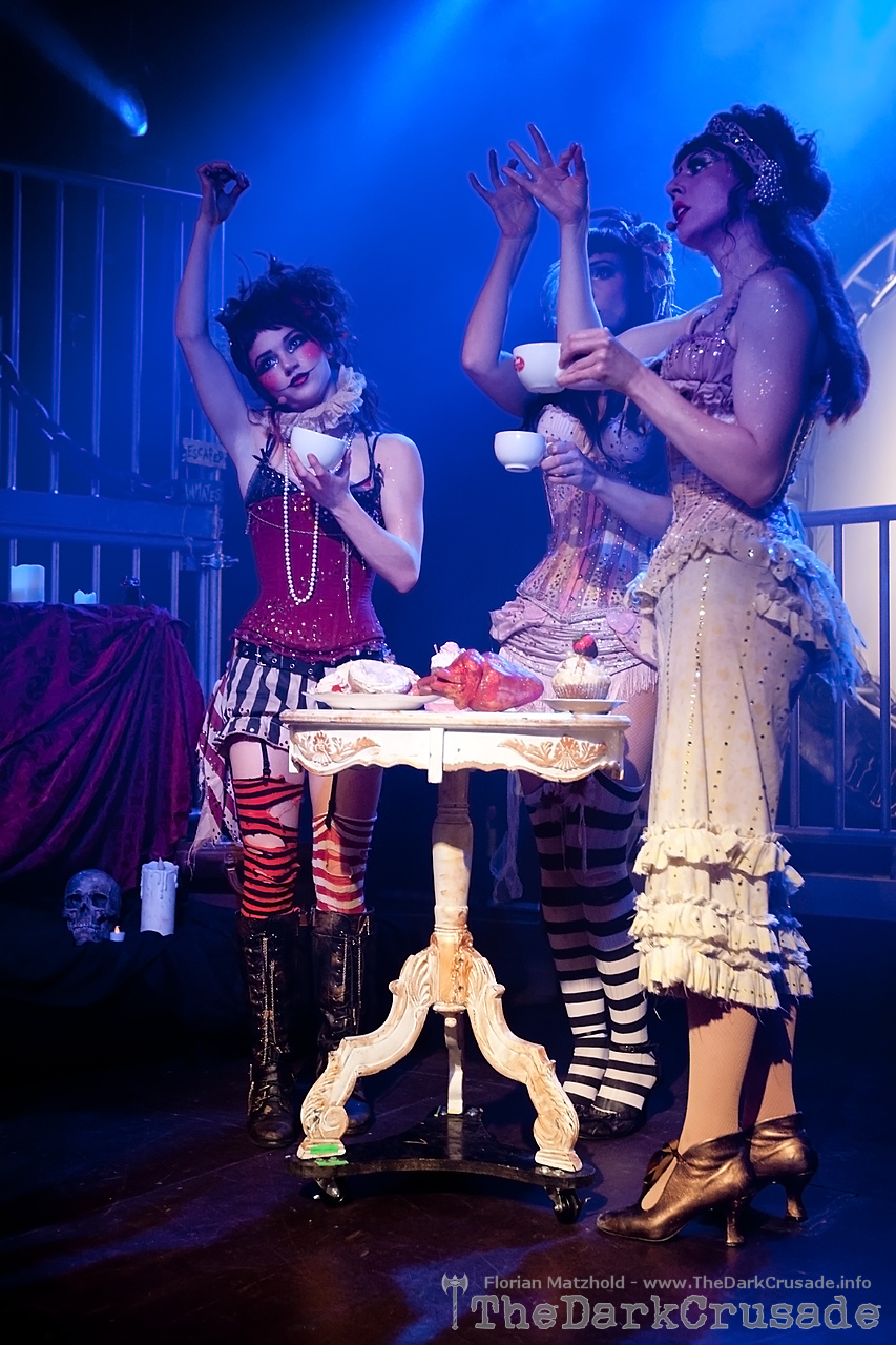 010 Emilie Autumn